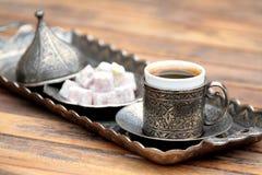 土耳其咖啡和土耳其快乐糖 免版税图库摄影