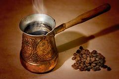 土耳其咖啡罐 库存图片