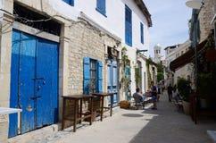 土耳其处所狭窄的街道在老镇,利马索尔,塞浦路斯 库存照片