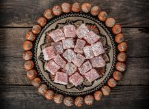 土耳其快乐糖,东部纤巧用榛子 免版税图库摄影