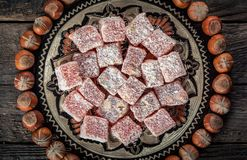 土耳其快乐糖,东部纤巧用榛子 库存照片