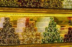 土耳其快乐糖rahat lokum在市场上 库存照片