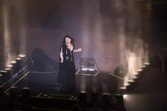 土耳其摇滚明星Sebnem Ferah生活表演 库存照片
