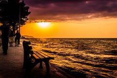 土耳其海边镇的人们和环境 免版税库存图片