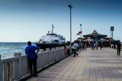土耳其海边镇的人们和环境 免版税库存照片