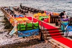 土耳其海边镇的人们和环境 免版税图库摄影