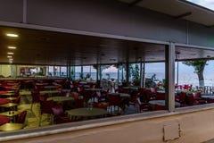 土耳其海边餐馆在Cinarcik镇-土耳其 免版税库存照片