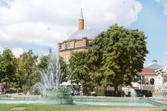土耳其清真寺Banya Bashi清真寺在市的中心索非亚,保加利亚 免版税库存图片