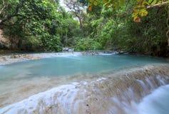 土耳其玉色瀑布在恰帕斯州,墨西哥 库存照片