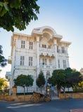 土耳其语的传统白色木房子 图库摄影