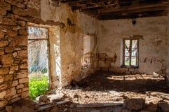 土耳其语的废墟在塞浦路斯放弃了村庄 库存图片