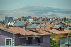 土耳其,凯梅尔,加热的水的15,07,2014个系统从sunligh 免版税库存照片