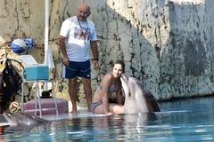 土耳其,凯梅尔,沐浴与海豚的05,08,2017在superv下 库存图片