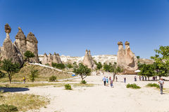 土耳其,卡帕多细亚 修士(Pashabag)的谷的看法 库存图片
