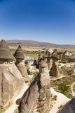 土耳其,卡帕多细亚 在谷Pashabag (修士谷)的美丽如画的岩石 免版税库存图片