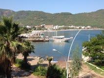 土耳其Iclemer海滩和港口 免版税库存照片