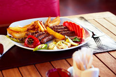 土耳其kofte的丸子 免版税库存照片