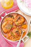 土耳其ossobuco在蕃茄小汤的osso buco用蘑菇 库存照片
