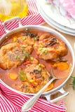 土耳其ossobuco在蕃茄小汤的osso buco用蘑菇 免版税库存照片