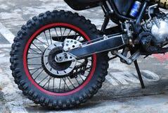 土自行车轮子 库存照片
