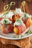 土豆和火腿开胃菜 免版税库存图片