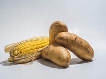 土豆和玉米 免版税库存照片