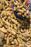 土豆在Cotacachi室外市场上 免版税图库摄影