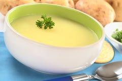 土豆汤 库存图片