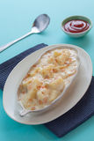 土豆澳大利亚焦干酪 免版税图库摄影