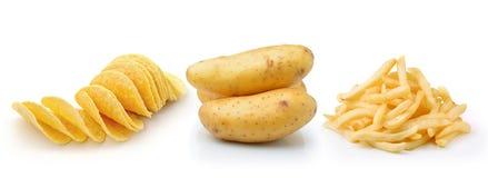 土豆片、炸薯条和土豆在白色backgrou 图库摄影