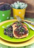 土豆薄烤饼用蘑菇酱油 图库摄影