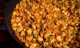土豆provencal与鸡和菜 免版税图库摄影