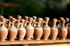 黏土水罐 免版税图库摄影