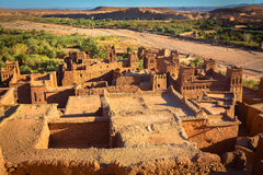 黏土kasbah Ait Benhaddou在摩洛哥 库存图片