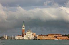 圣・在风暴以后的Giorgio Maggiore教会  免版税库存照片