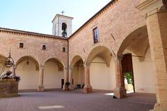圣乌巴尼大教堂在古比奥在翁布里亚 免版税库存图片
