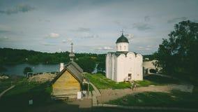 圣乔治教会在Staraya拉多加, Volkhovsky区,列宁格勒州, 2018年6月 俄罗斯是其中一个鲁斯最旧的教会  库存图片