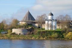 圣乔治中世纪东正教老拉多加堡垒废墟的  列宁格勒地区,俄罗斯 免版税库存图片