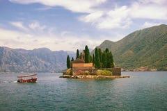 圣乔治小岛  海湾kotor montenegro 库存图片