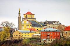 圣伯多禄的大教堂和保罗在Kamianets-Podilskyi市,乌克兰 免版税库存照片