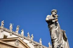 圣伯多禄雕象广场的圣彼得罗,梵蒂冈 库存照片