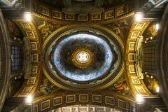 圣伯多禄` s大教堂艺术 免版税库存图片