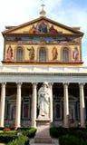 圣保罗在墙壁外,罗马,意大利大教堂  免版税库存照片