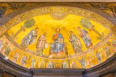圣保罗大教堂在墙壁外在罗马,意大利 库存图片