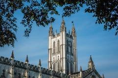 圣保罗座堂是为它的哥特式建筑背景说明的英国国教大教堂在加尔各答加尔各答,西孟加拉邦 图库摄影