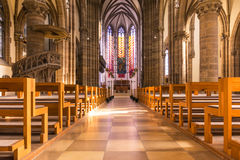 圣保罗教会大教堂建筑学内部座位长凳H 免版税图库摄影