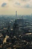 圣保罗& x27; s大教堂和伦敦地平线 图库摄影