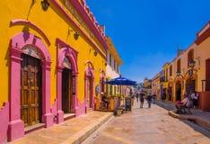 圣克里斯托瓦尔DE LAS卡萨什,墨西哥, 2018年5月, 17日:街道在恰帕斯州的文化首都在市中心 免版税图库摄影