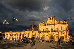 圣克里斯托瓦尔DE LAS卡萨什,墨西哥- 12月2,2014 -大教堂 免版税库存图片
