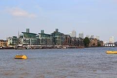 圣凯瑟琳` s船坞,伦敦看法  图库摄影